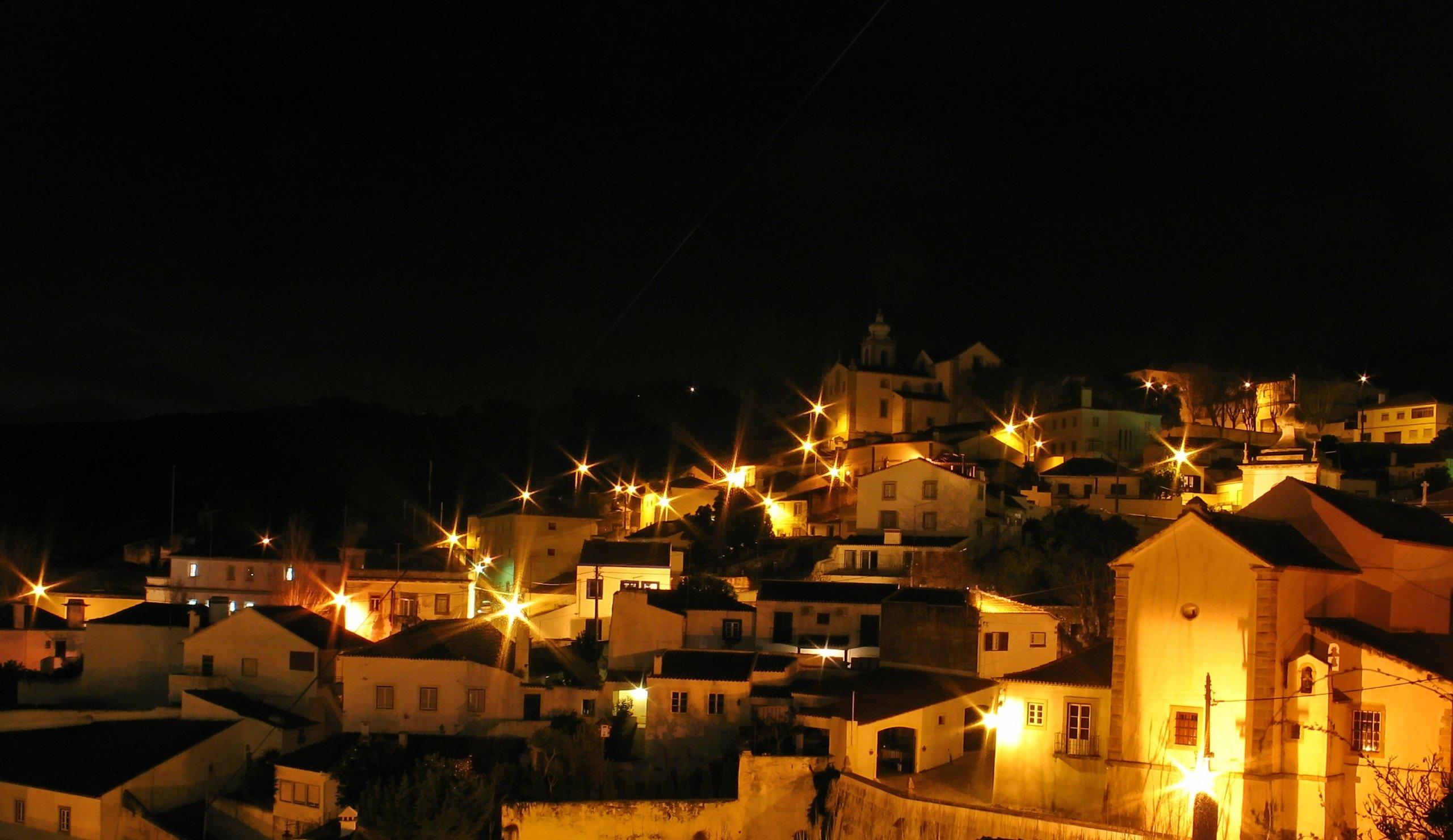 Esta imagem tem um texto alternativo em branco, o nome da imagem é Vila-Alenquer-scaled.jpg