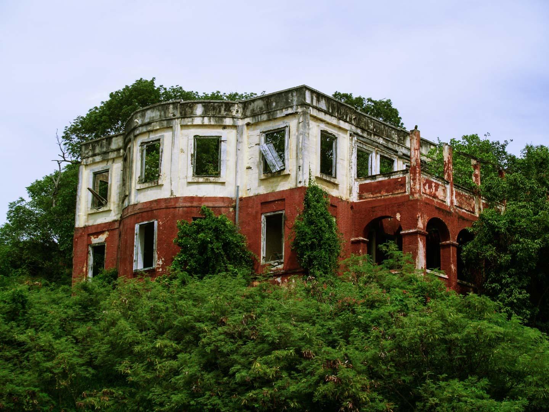 Edifícios abandonados com potencial turístico